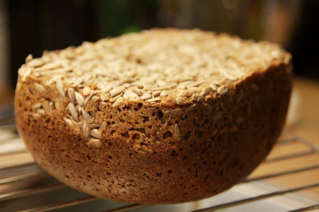 Vollkornbrot aus dem Brotbackautomaten
